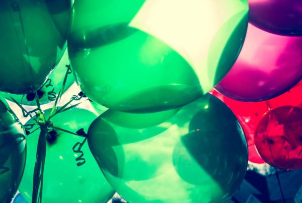 Bounce rate and accountant marketing - a picture of balloons!